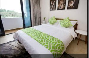 Baorui Railway Boutique Apartment, Ferienwohnungen  Sanya - big - 65