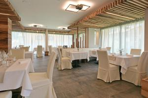 Dolomeet Boutique Hotel, Отели  Пинцоло - big - 77