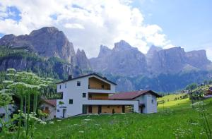 Alpin Relais B&B Villa Melisse - Hotel - Colfosco
