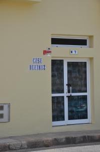 CASA BIATRIZ, Cotillo