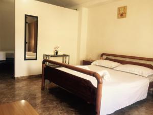 Jazoj Family hotel - Trajas