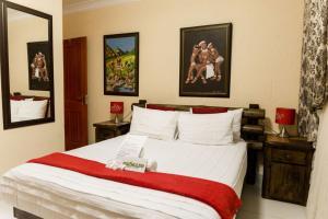 Ekuthuleni Guest House - Soweto, Penziony  Johannesburg - big - 3