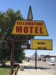 . Yellowstone Motel
