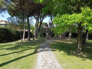 Appartamento e Parco Sergiunca - AbcAlberghi.com