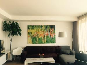 Art Home