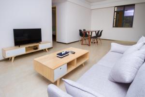 Baorui Railway Boutique Apartment, Appartamenti  Sanya - big - 64