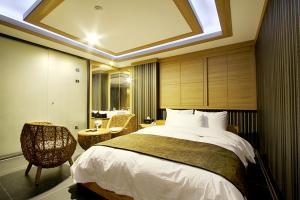 Suwon Orsay Business Hotel, Hotely  Suwon - big - 86