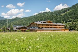 Almdorf Almlust, Hotely  Flachau - big - 32