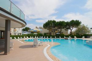 Hotel Luxor, Hotely  Milano Marittima - big - 47