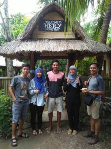Hery Homestay, Проживание в семье - Кута, остров Ломбок