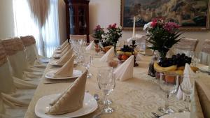 Hotel Royal Craiova, Hotely  Craiova - big - 82