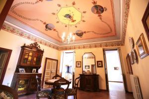 Casa Elegante di un Tempo - AbcAlberghi.com