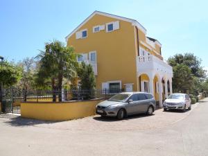 Two-Bedroom Apartment in Rovinj II - Kokuletovica