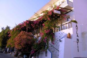 Hostels e Albergues - Atlantis Hotel