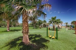 Acacia Resort Parco Dei Leoni, Rezorty  Campofelice di Roccella - big - 22