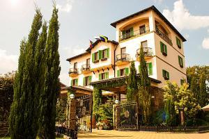 Отель Тортуга, Небуг