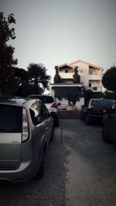 Apartments Leonarda
