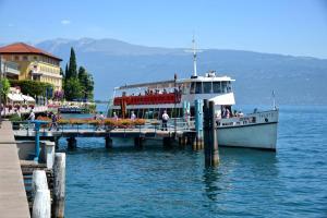 Du Lac, Hotel  Gardone Riviera - big - 34