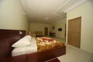 Hotel Mirambeau, Hotels  Lomé - big - 41