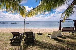 . Pearly Sands - Beachfront Deluxe Apartment