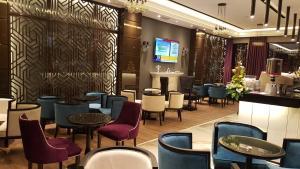 Senator Hotel, Отели  Тирана - big - 27