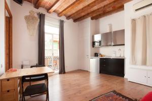 Apartment Nou de la Rambla - Montjuich