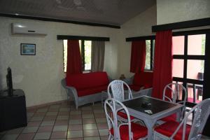 Hotel Napoleon Lagune, Hotels  Lomé - big - 69