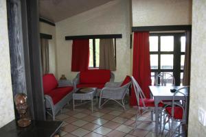 Hotel Napoleon Lagune, Hotels  Lomé - big - 67
