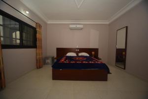 Hotel Mirambeau, Отели  Ломе - big - 8