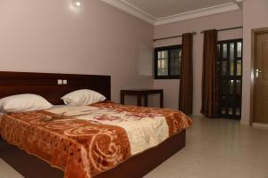 Hotel Mirambeau, Отели  Ломе - big - 32