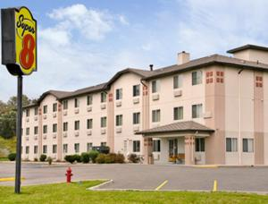 Super 8 by Wyndham Johnstown, Отели  Johnstown - big - 7