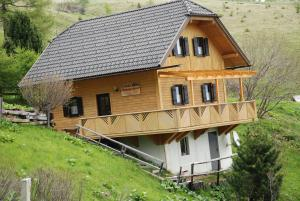 Ferienhaus Wilfried Nockalm Quintett - Hotel - Seebach