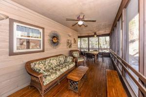 Drake Lodge Home - Townsend
