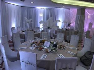Hotel Arberia, Hotel  Tirana - big - 58