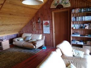 House on the Lake Pleshcheyevo - Vashki