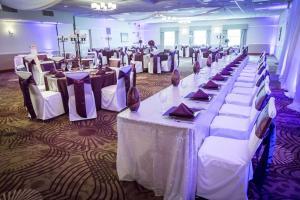 Best Western Plus Steeplegate Inn, Hotels  Davenport - big - 17