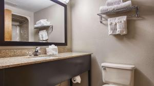 Best Western Executive Inn & Suites, Hotel  Columbia - big - 24