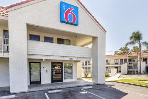 obrázek - Motel 6 Fresno - North Barcus Avenue