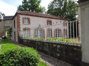 Château Mesny Gite Au Fil des Pages - Delme