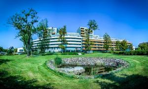 Albergues - Apartmánový dům Landek