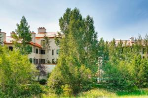 Meadows Condos at EagleRidge by Wyndham Vacation Rentals, Апарт-отели  Стимбот-Спрингс - big - 89