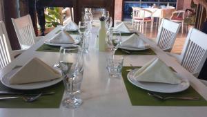 Pilo Lala Restorant-Hotel, Konjat - (( Bashtovë ))