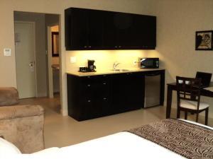 Montecassino Hotel & Suites.  Photo 8