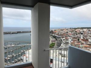Apartamentos Solmar 15º, Apartments  Ponta Delgada - big - 14