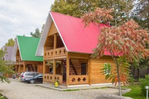 Yut Camping, Каменномостский