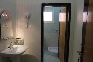 Guest House, Apartmánové hotely  Yanbu - big - 4
