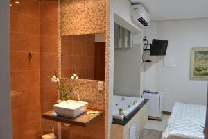 Hotel San Gennaro, Szállodák  Santa Fé do Sul - big - 39