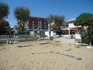 Hotel L&V - AbcAlberghi.com