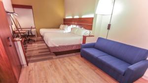 Holiday Inn Express Daytona Beach - Speedway, Hotely  Daytona Beach - big - 6