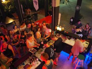 Playground Hostel - Bangkok Yai